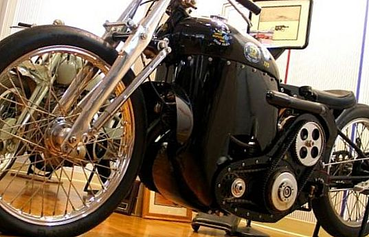 1949 Vincent Series C Black Lightning – $382 000