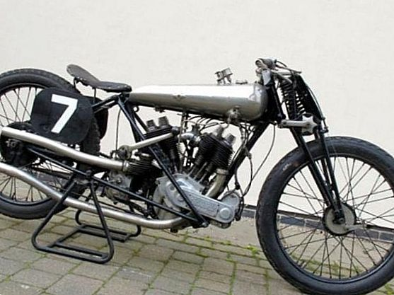 1922 Brough Superior SS-80 Old Bill – $469 500